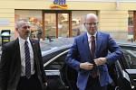 Bohuslav Sobotka před Obvodním soudem pro Prahu kvůli kauze privatizace OKD.