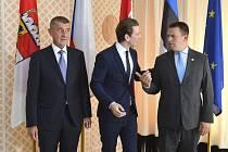 Zprava: Andrej Babiš, rakouský kancléř Sebastian Kurz a estonský premiér Jüri Ratas.