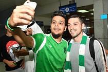 Nicolae Stanciu se fotí s fanouškem Al Ahlí