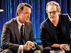 Kongresman Charlie Wilson (Tom Hanks) řeší s agentem CIA Gusem Avrakotosem (Philip Seymour Hoffman) válečný konflikt v Afghánistánu po svém a svépomocí.
