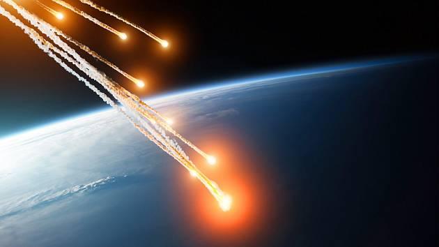 Meteorický roj, při kterém se na Zemi dostávají vesmírné materiály. Vědci přišli s informací, že v jednom z meteoritů našli bílkoviny.