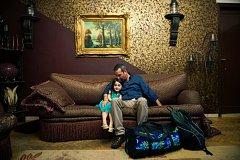 STANISLAV KRUPAŘ, Volný fotograf: Přes moře do Evropy! Cesta Anase, syrského uprchlíka, z egyptské Alexandrie do Evropy. (Reportáž, 1.cena)