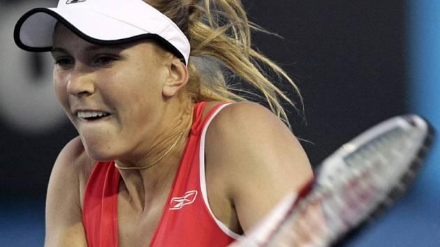 Nicole Vaidišová vyhrála v prvním kole Australian Open s Rumunkou Olaruovou hladce 6:3, 6:0.