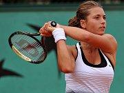 Petra Cetkovská se probojovala do osmifinále Roland Garros.