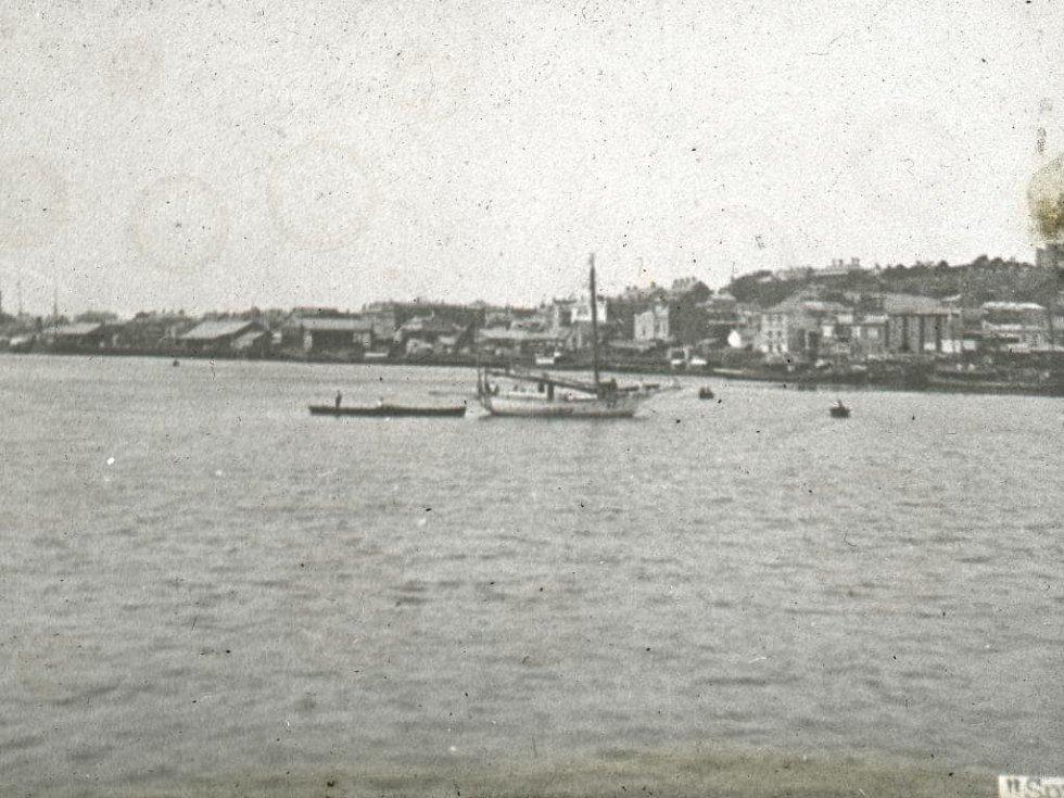 Plachetnice Spray v přístavu v Newcastlu