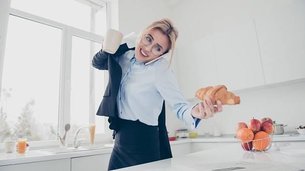 Stres, shon a nesprávné stravování vám s tělem mohou udělat pořádnou paseku.