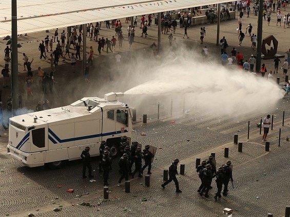 EURO 2016 - násilí ruských tzv. fanoušků