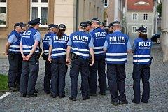 Festival neonacistů provázejí přísná bezpečnostní opatření
