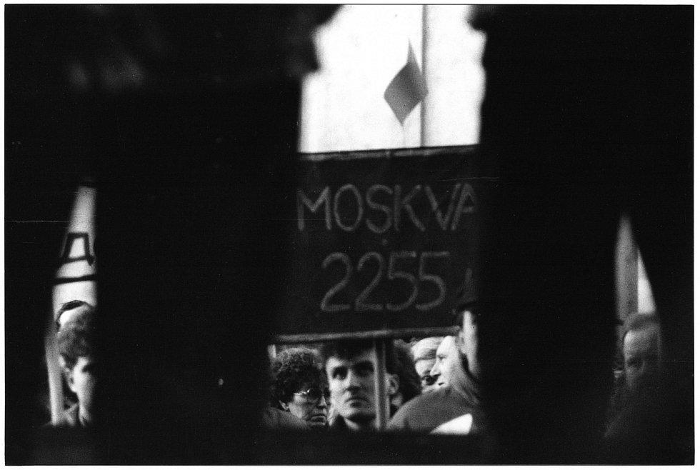 Odsun sovětských vojáků v Bohdanči na Pardubicku.