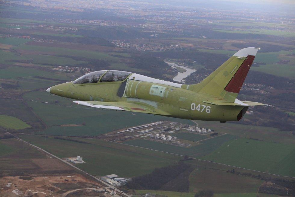 Cvičný letoun L-39NG 7004 poprvé ve vzduchu