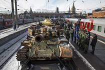 Z Moskvy na cestu po Rusku 24. února 2019 vyjel vlak vystavující válečné trofeje zabavené během konfliktu v Sýrii. Na snímku tank T-55
