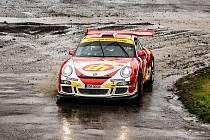 Olga Roučková se těší na účast v Tipcars Pražském Rallysprintu. Po prvním svezení ve voze Porsche 997 GT3 byla nadšená, jak je naladěný, akceleruje a zatáčí.