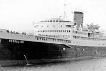 Původně britská námořní loď sloužila v řeckých vodách jako trajekt pouhé dva roky. Její potopení zůstává největší řeckou poválečnou lodní katastrofou