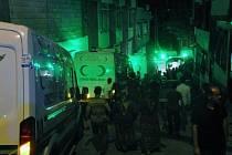 Útok se uskutečnil ve městě Gaziantep, které leží zhruba 64 kilometrů od syrských hranic.