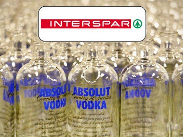 Místo vodky voda. Někteří návštěvníci Intersparu byli nemile překvapeni.