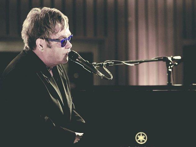 Legendární britský zpěvák a fenomenální hudebník Elton John v září potěší své fanoušky novým studiovým albem.