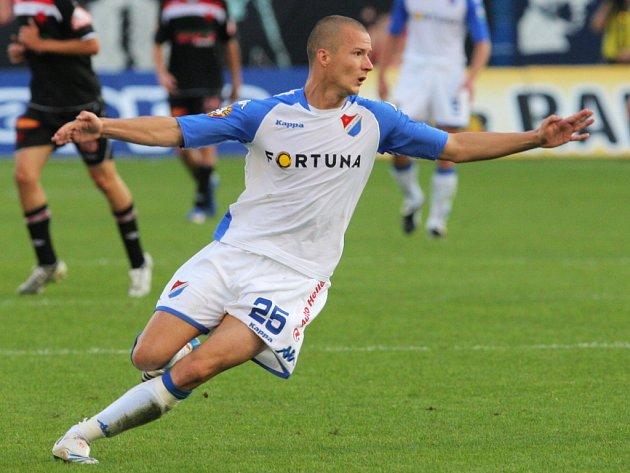Václav Svěrkoš už nastřílel v lize čtyři branky, přesto se Ostravě start do sezony nevydařil.