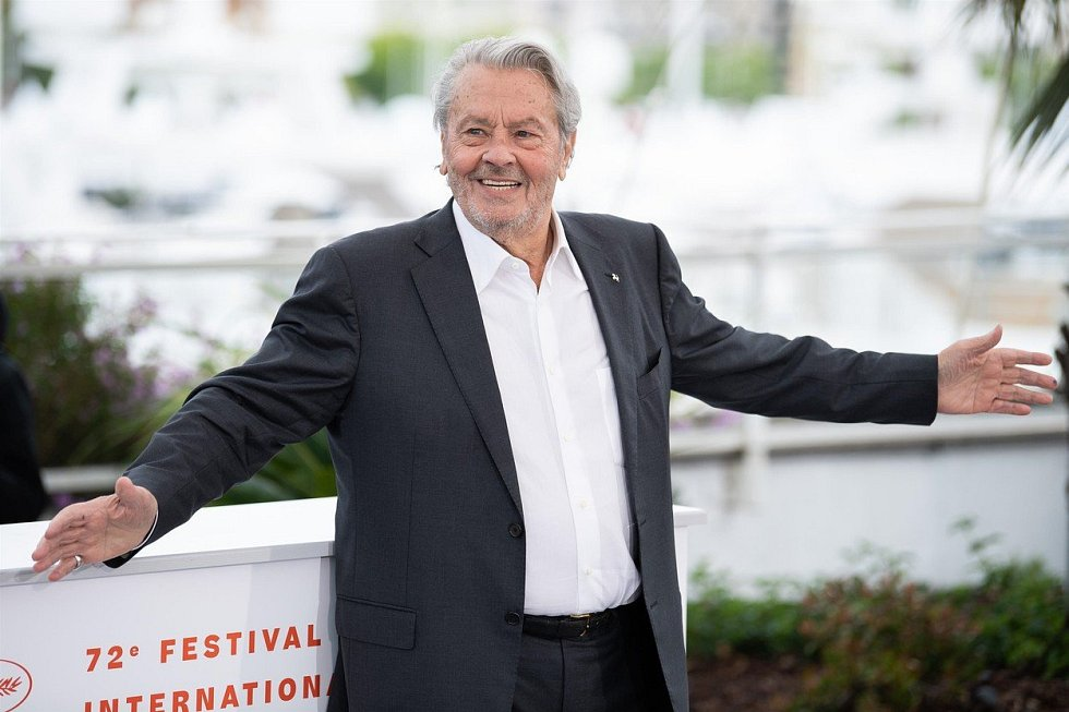 Herec Alain Delon na festivalu v Cannes