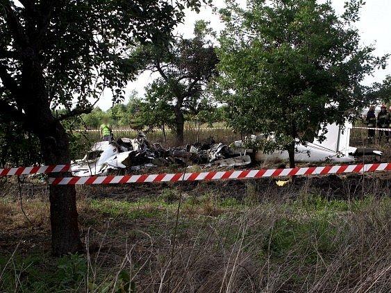 Při letecké nehodě u města Čenstochová v centrálním Polsku zemřelo 11 osob.