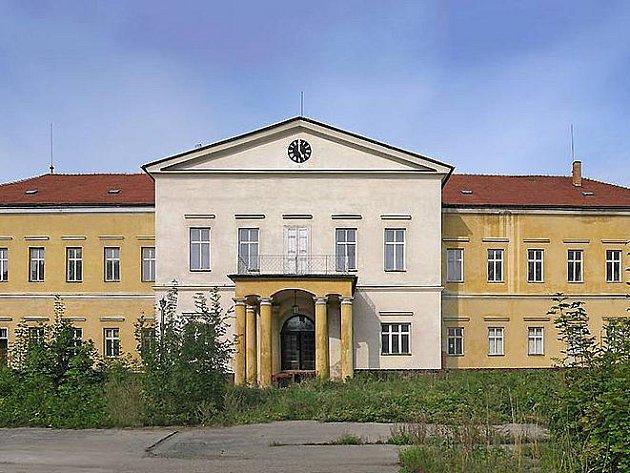 Dolní zámek.