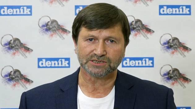 Jan Hrušínský a jeho názor na socialismus.