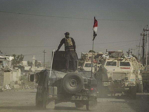 Ofenziva na severu Iráku trvá již šest týdnů a irácké síly zatím získaly kontrolu nad téměř polovinou východního Mosulu.