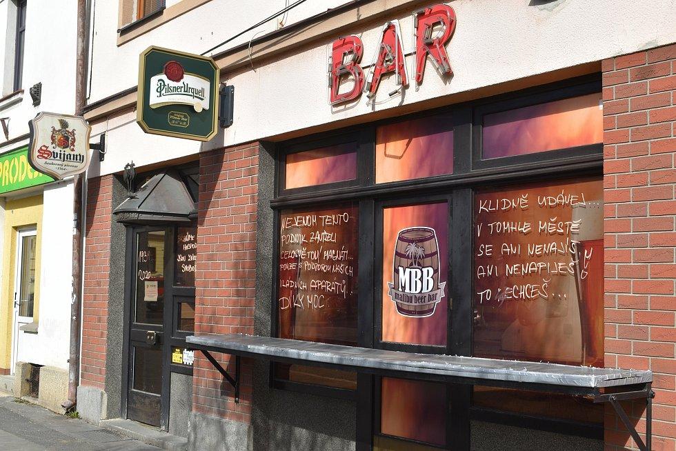 Martin Sekyra provozoval Malibu Beer Bar v Klatovech sedm let. Kvůli koronavirovým opatřením ale končí.
