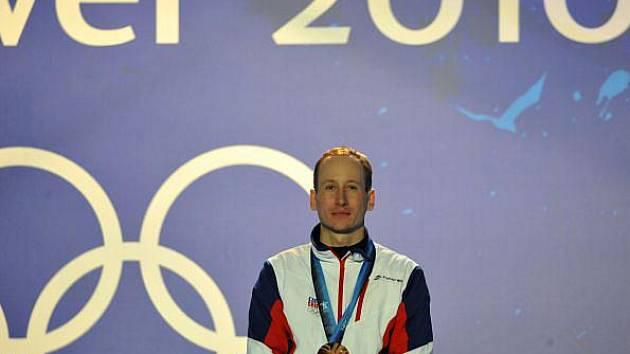 Lukáš Bauer s bronzovou olympijskou medailí.
