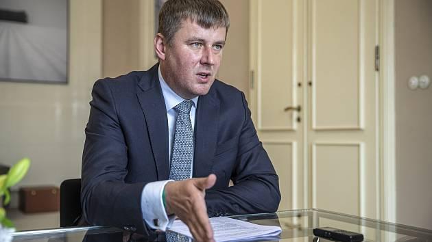 Tomáš Petříček končí na ministerstvu zahraničí.