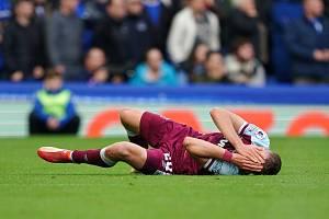 Tomáš Souček utrpěl v zápase v Evertonu nepříjemné zranění.