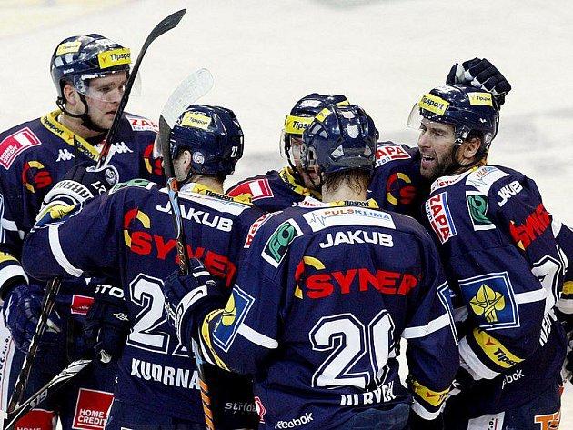 Hokejisté Liberce si v Praze vynutili rozhodující sedmý duel.