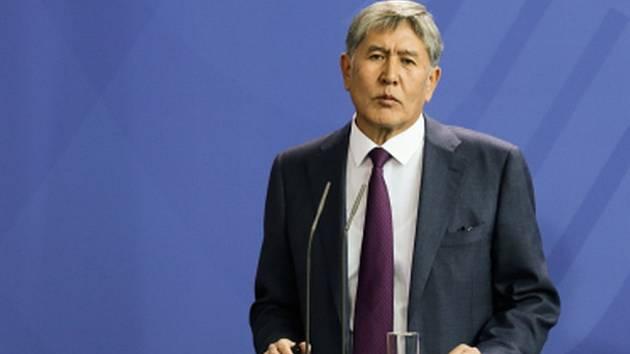 Parlamentní volby, které se dnes konaly v Kyrgyzstánu, vyhráli sociální demokraté blízcí proruskému prezidentovi Almazbekovi Atambajevovi.