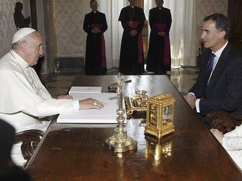 Španělský král Felipe VI. na návštěvě u papeže Františka.