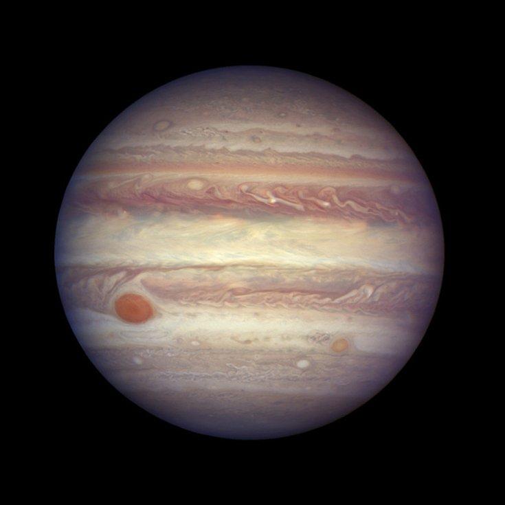 Jupiter - Na snímku ze 3. dubna 2017