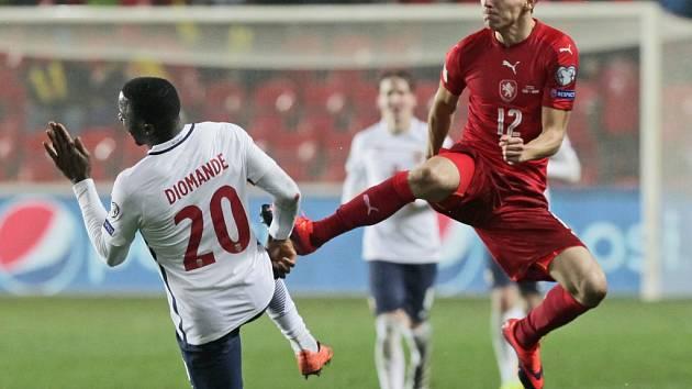 David Pavelka (vpravo) proti Norsku.