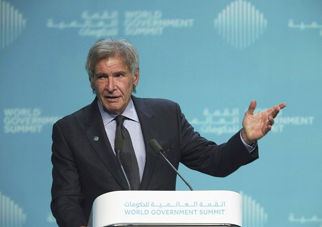 Americký herec Harrison Ford na Světovém vládním summitu v Dubaji