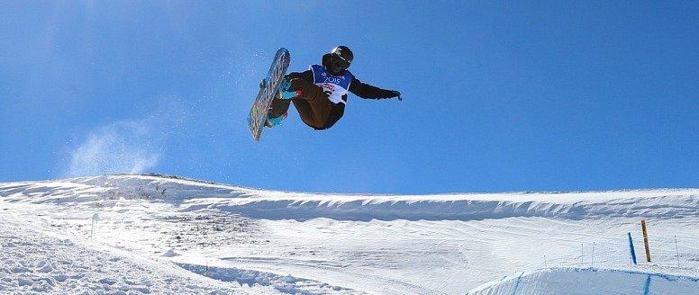 Martin Mikyska na snowboardu