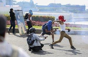 Srážky demonstrantů s policií v Nikaragui