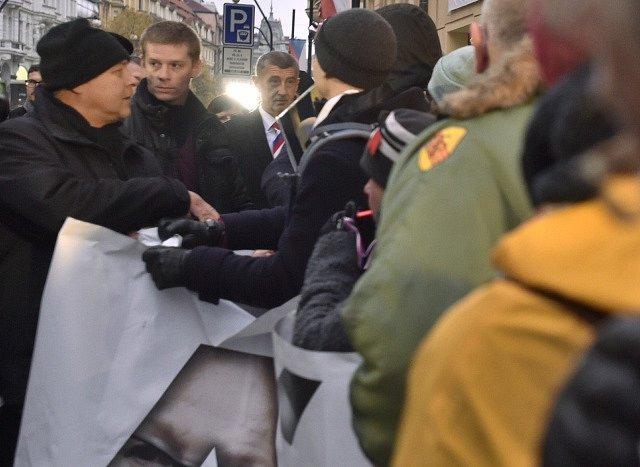 Premiér Andrej Babiš dorazil na Národní třídu