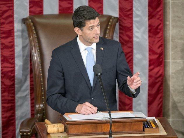 """Republikánský kongresman Paul Ryan, který byl před několika dny zvolen předsedou americké Sněmovny reprezentantů, dnes označil za """"směšnou"""" možnost spolupracovat s prezidentem Barackem Obamou na reformě imigrační politiky."""