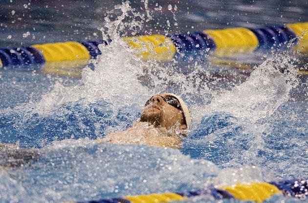 Americký plavec Michael Phelps na závodě v Charlotte.