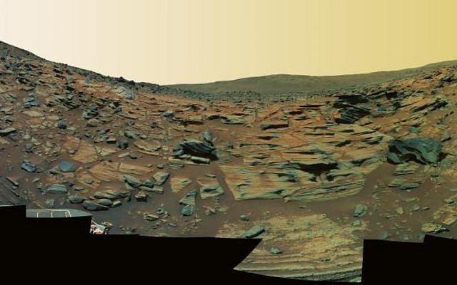 Jeden ze snímků rudé planety, pořízený sondou Spirit.