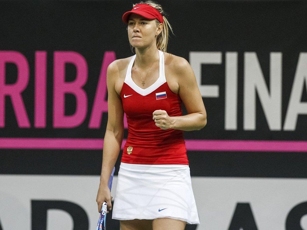 Maria Šarapovová ve finále Fed Cupu proti České republice.
