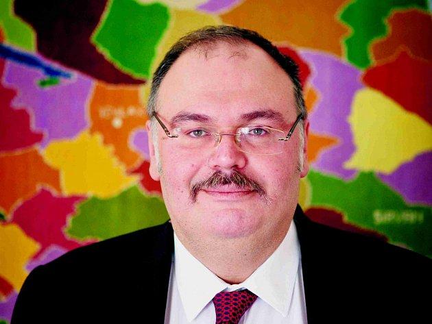 Ázerbajdžanský velvyslanec Tahire Taghizad
