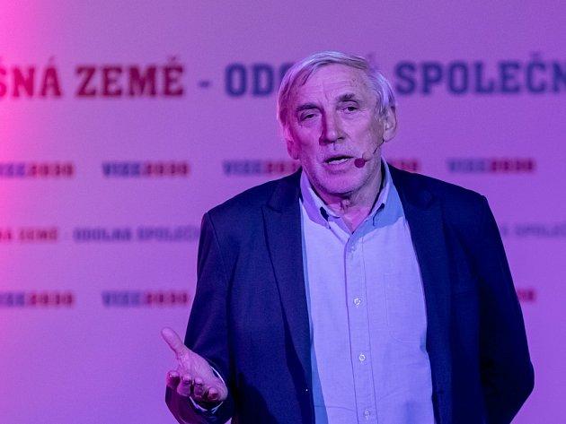Senátor Jiří Růžička (TOP 09).