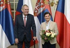 Český prezident Miloš Zeman a srbská premiérka Ana Brnabićová