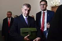 Premiér Andrej Babiš odchází 6. března 2019 z jednání na půdě Americké obchodní komory ve Washingtonu