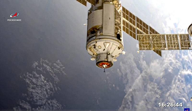 Ruský víceúčelový modul Nauka před připojením k Mezinárodní vesmírné stanici