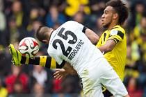Dortmund porazil Frankfurt, o což se zasloužil i Pierre-Emerick Aubameyang (ve žlutočerném dresu)