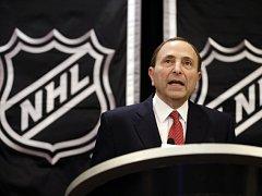 "Šéf NHL Gary Bettman varuje uchazeče o vstup do ligy: ""Je to složitý proces."""